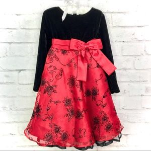 Girls Size 4T Stretch Velvet Dress